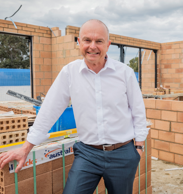 MAJOR WA BUILDER CALLS ON PARENTS TO MOVE KIDS OUT OF HOME